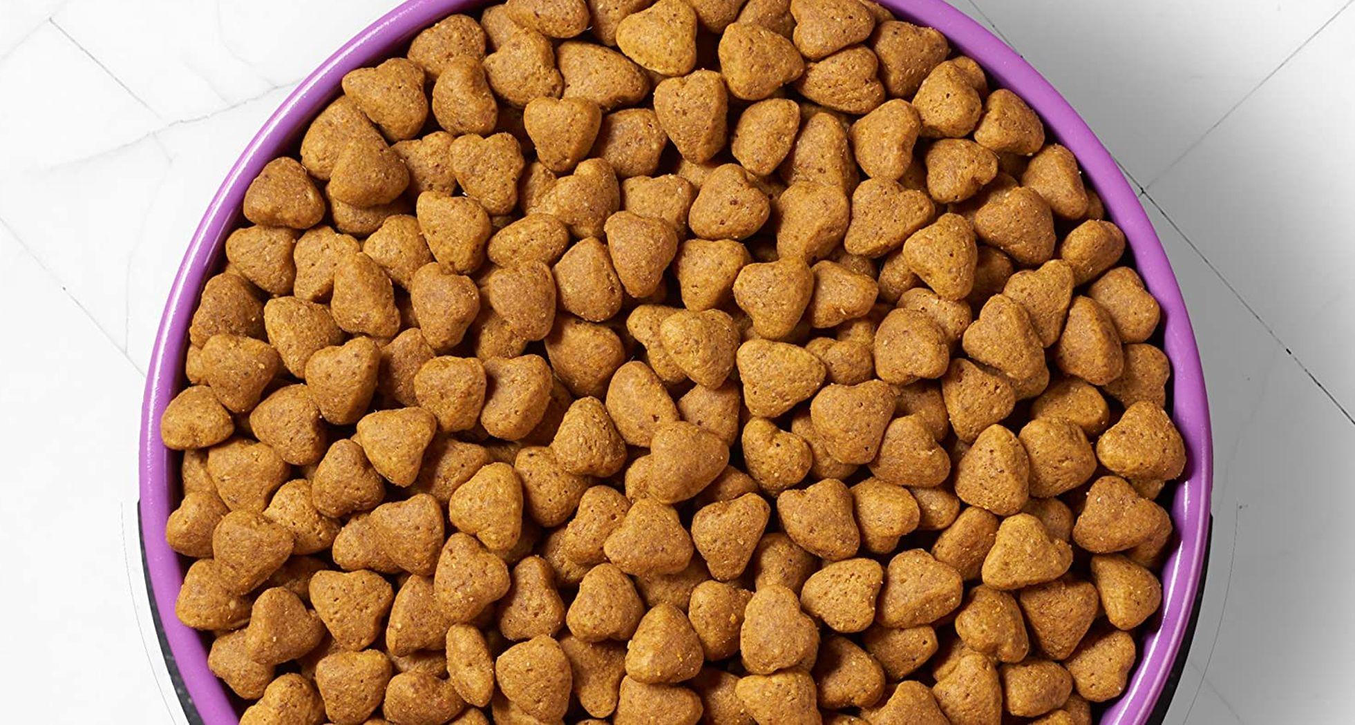 comida sin guisantes ni legumbres para perros